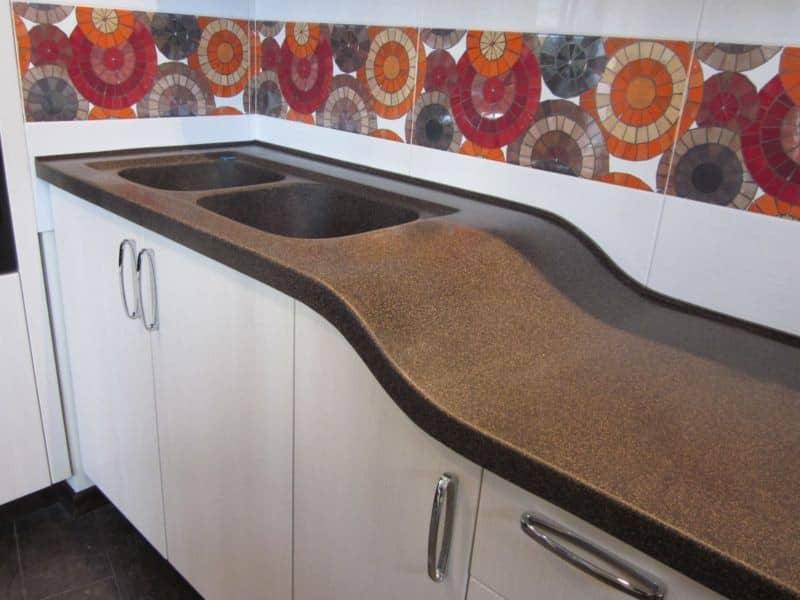 Каменные столешницы для кухни изготовление